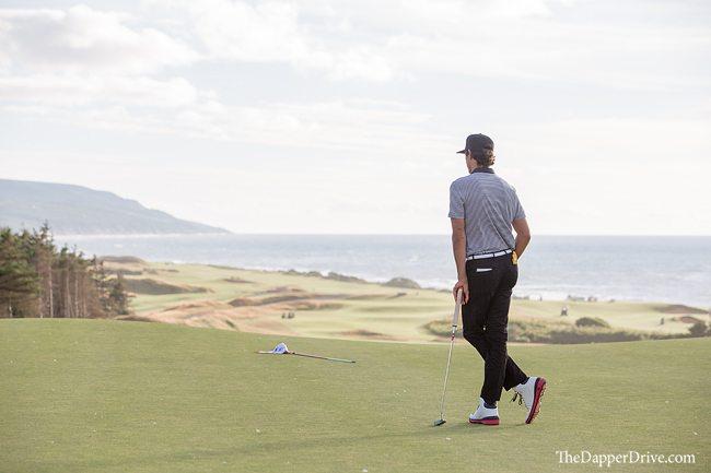 fashionable golf shoe