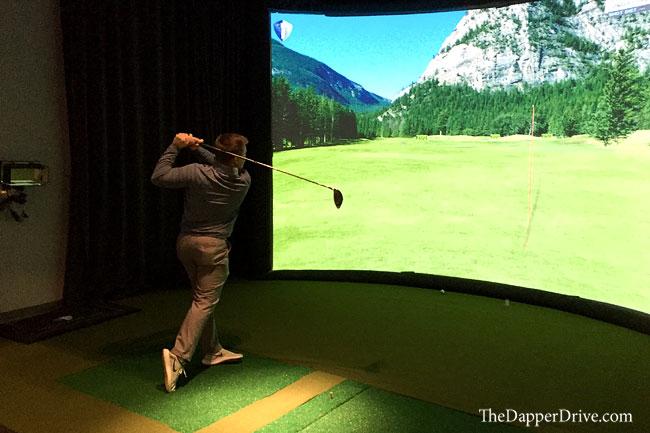golf simulator at golf & body nyc