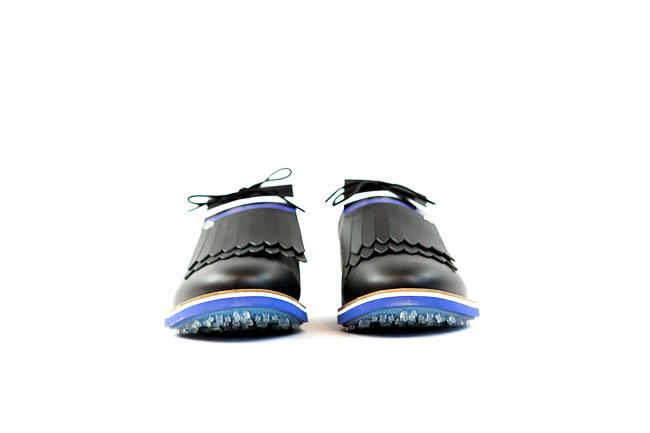 brogue kiltie golf shoe